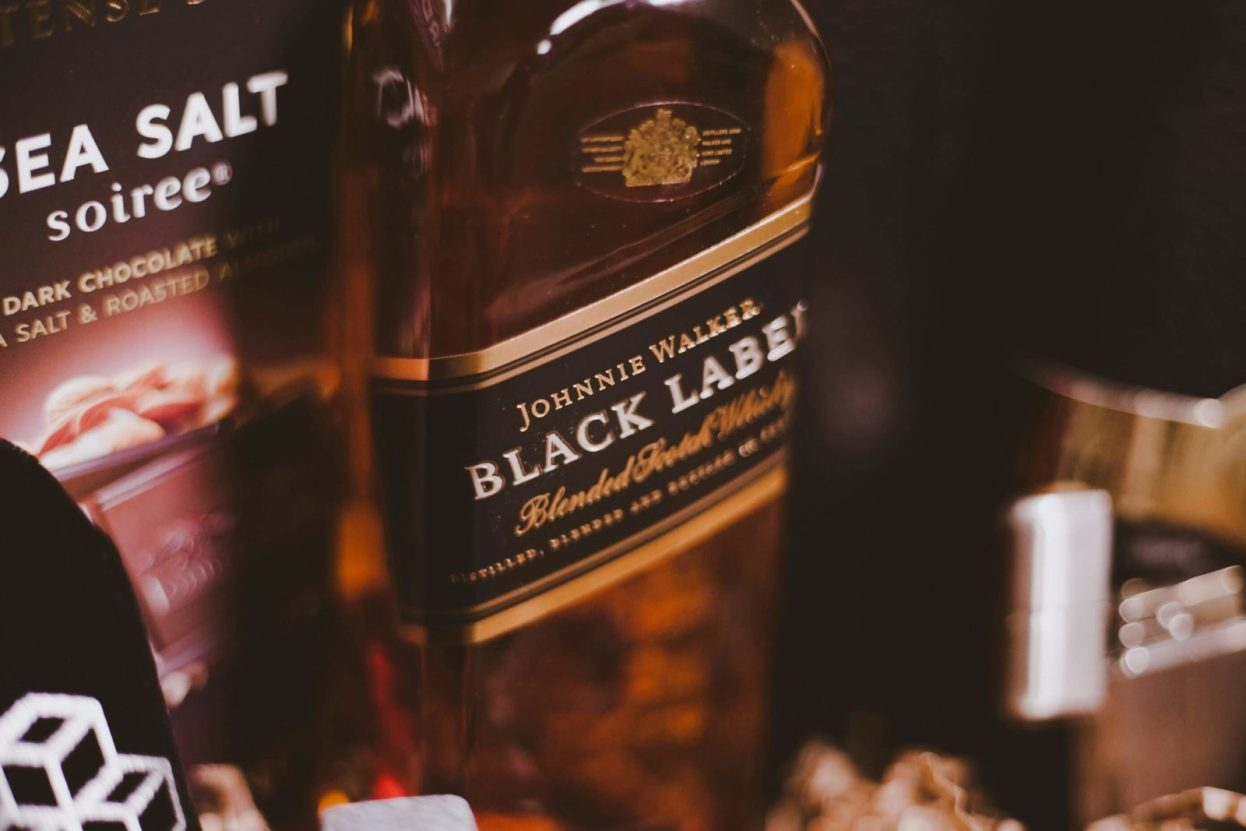 The BroBasket - Gift Baskets for Men - Gifts for men - Johnnie Walker Black Label Gifts - Scotch Gifts - Corporate Gifts - Scotch and Cigar Gifts