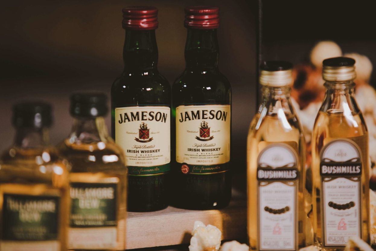 The BroBasket | Gifts for men | Whiskey Gifts | Irish Whiskey | Tullamore Dew | Tullamore Dew Gifts | Bushmills | Bushmills Gifts | Jameson Gifts | Jameson | Irish whiskey Gifts |